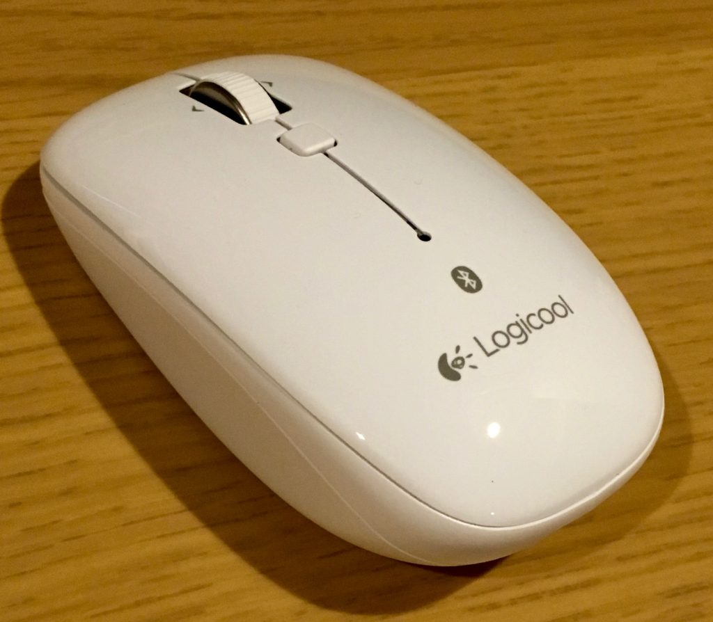 Macbookでマウスはこれ!Logicool M558を買ってみた!