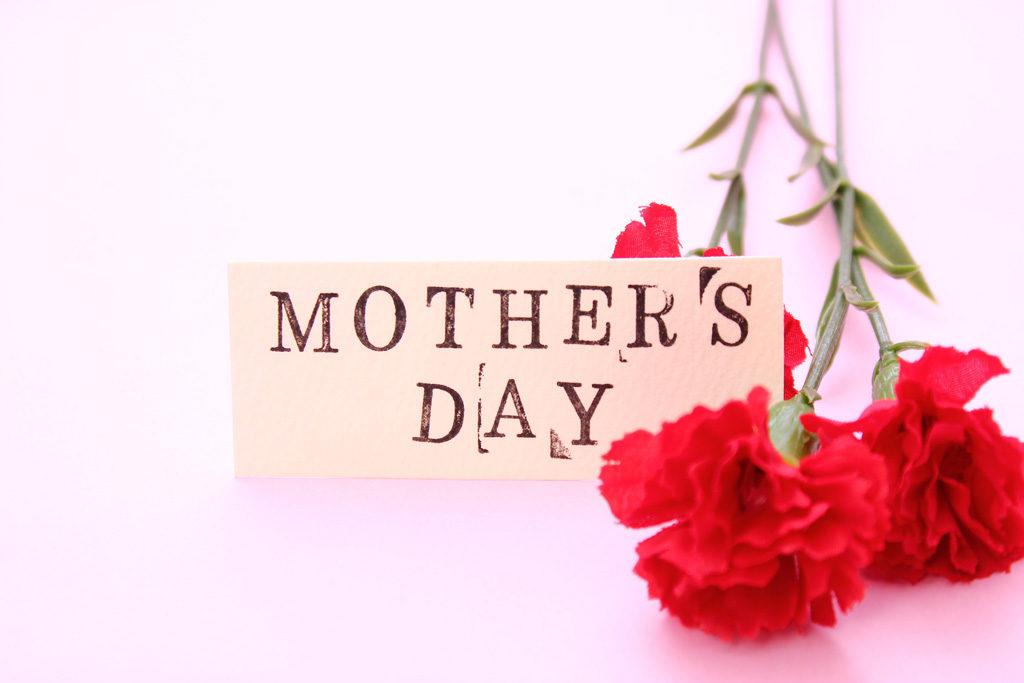 お母さんに感謝の気持ちを。Amazonで買える、母に日に贈りたいiPhoneアクセサリー5選!