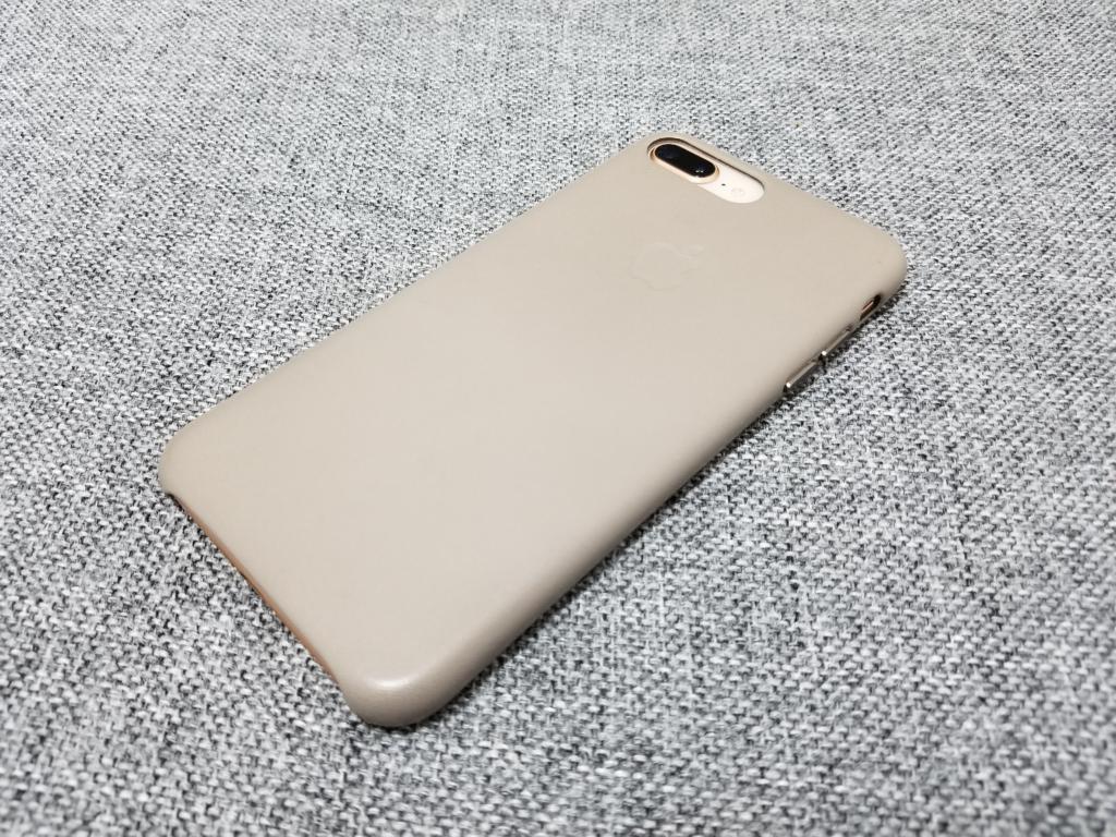 iphone8plusレザーケース