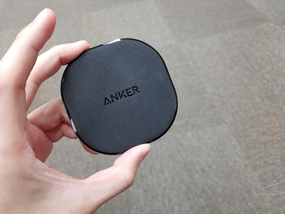 職場にひとつあれば安心! Anker PowerPort Qi 10レビュー。