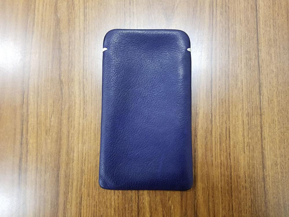 iPhoneレザースリーブ